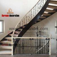 پله دو محور ورق با کف پله چوب و نرده فرفورژه