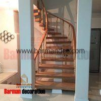 پله تک محور گرد نرده چوبی