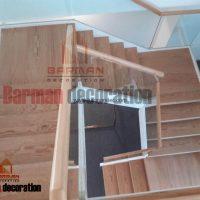 پله دو محور باکس نرده شیشه کف پله چوبی